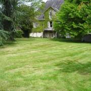 tonte-pelouse-arborie-entretien-parcs-jardins